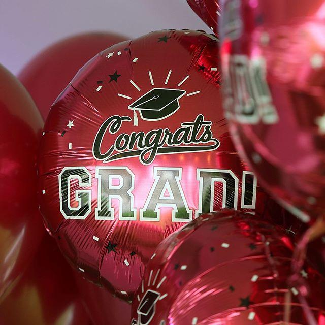 Graduate balloons