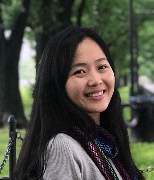 Liz Zhong headshot