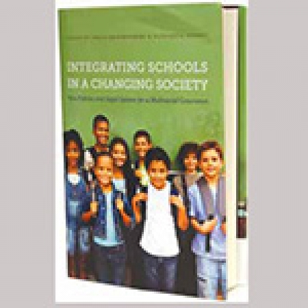 Book Cover: Integrating Schools