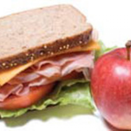 Sandwich lunch and apple